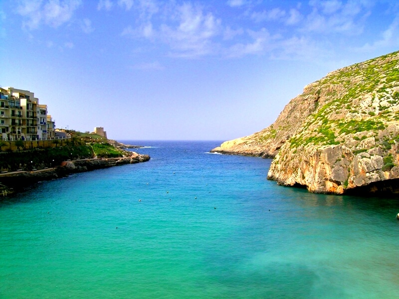Discover the great and sunny island Malta with our English language course