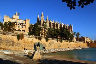 Praktika Mallorca Ausflug zur Kathedrale