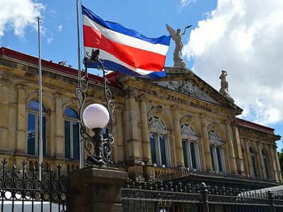 Paid internships in Costa Rica